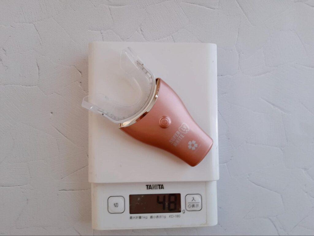 製品の重量